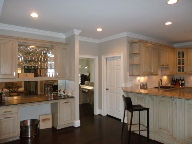 Southern estate home interior design traditional kitchen