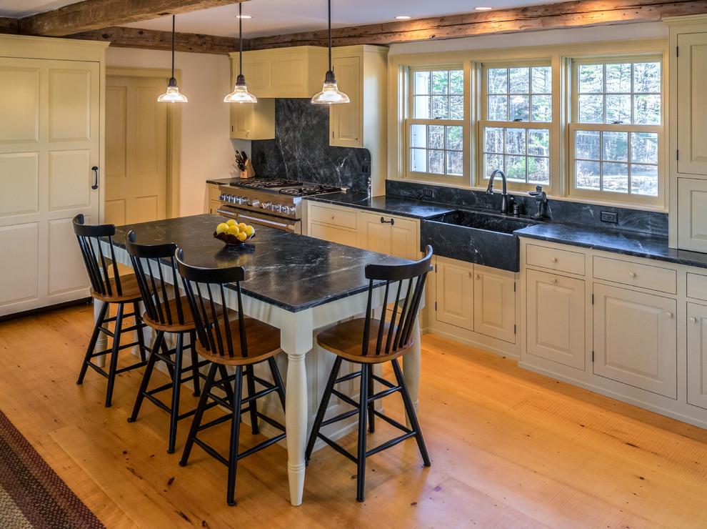 Southern Midcoast Maine Farmhouse Farmhouse Kitchen Portland Maine By Morningstar Stone Tile