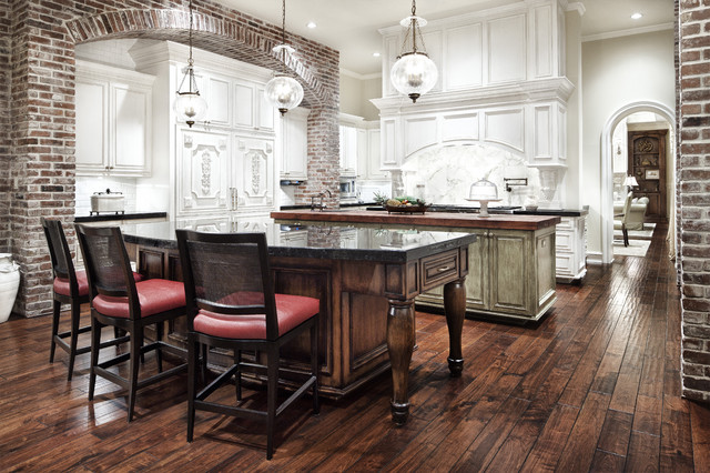 Southern Mississippi traditional-kitchen