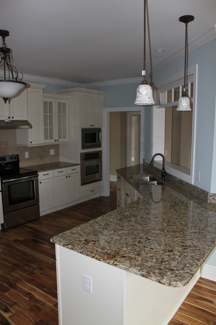 Smith traditional-kitchen