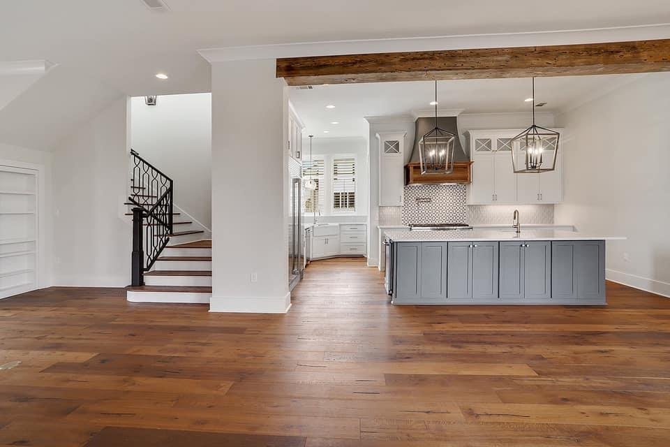 Southern Transitional Charm