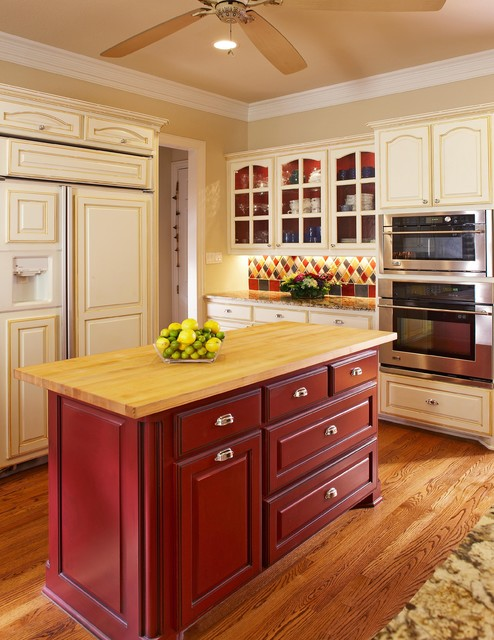 Fresh Traditional Kitchen by USI Design u Remodeling