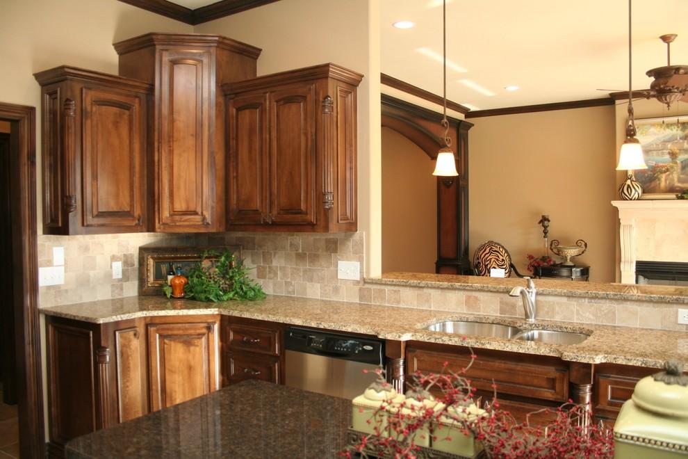 Traditional Kitchen Oklahoma City, Custom Kitchen Cabinets Oklahoma City