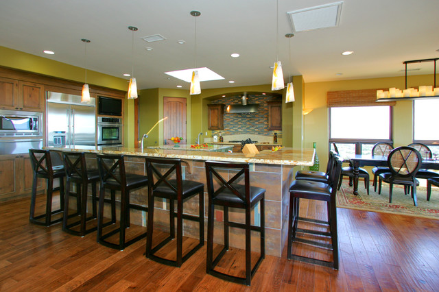 Southwestern Contemporary traditional-kitchen