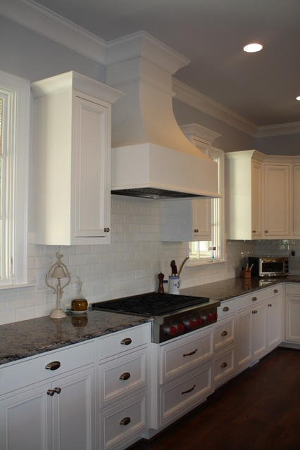 Spacious kitchen with great natural light! traditional-kitchen