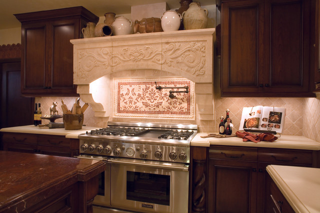 Spanish kitchen la canada ca traditional kitchen for Kitchen units spain