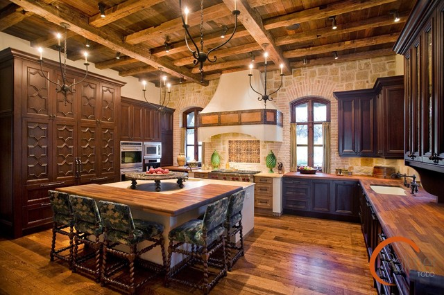 Spanish style rustic kitchen austin by palmer todd for Spanish style outdoor kitchen