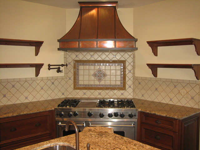 Spanish teruel backsplash mural traditional kitchen for Spanish style kitchen backsplash