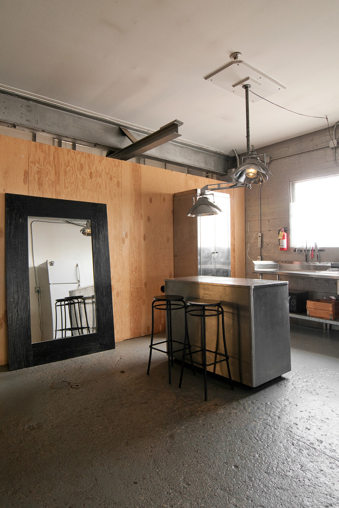 Urban kitchen photo in Salt Lake City with stainless steel appliances