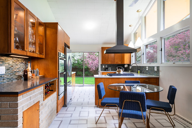 13 Alternatives to Plain Wood Floors in the Kitchen