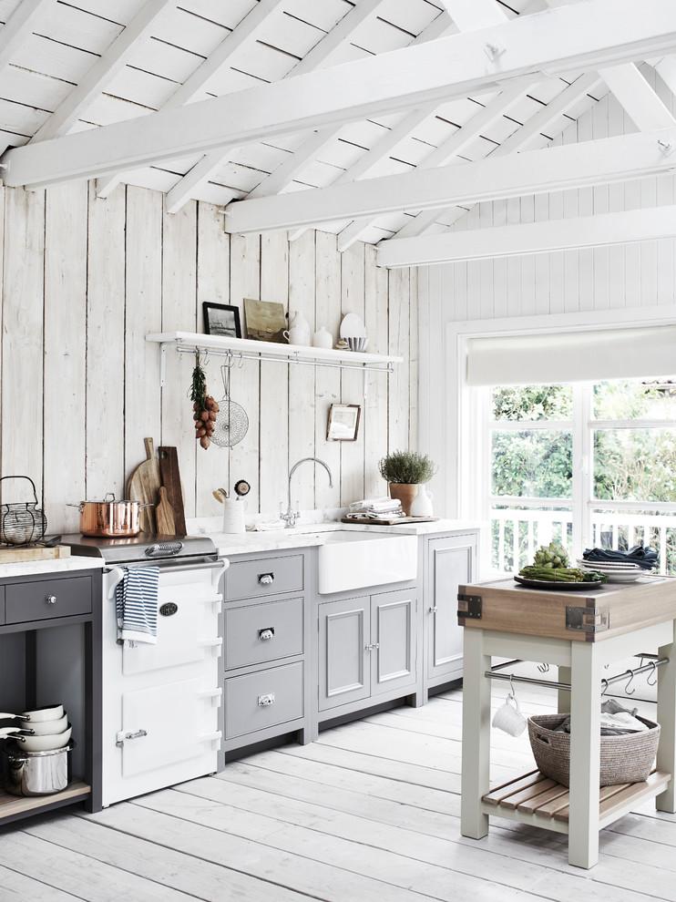 Mountain style kitchen photo in London