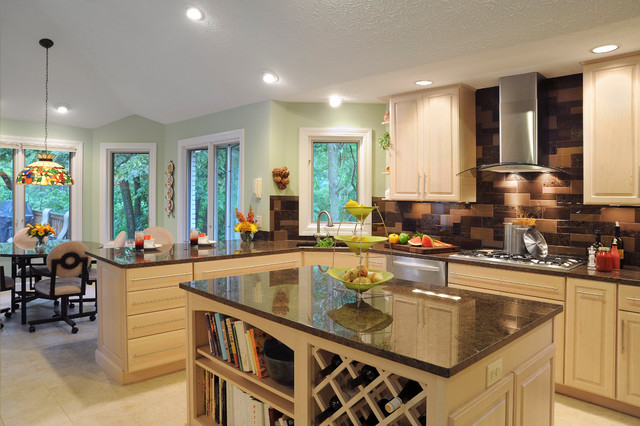 Springboro Light and Airy Kitchen  Contemporary  Kitchen
