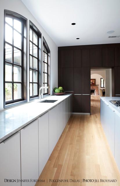 Springbrook Residence contemporary-kitchen