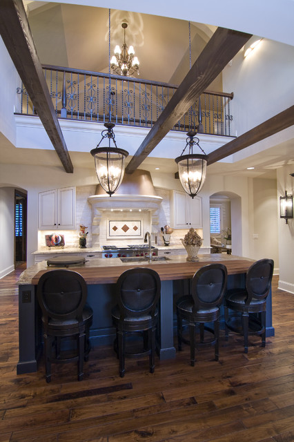 Spur Road Edina Mn Traditional Kitchen Minneapolis By Schrader Companies