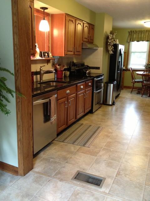 Spyker Kitchen traditional-kitchen