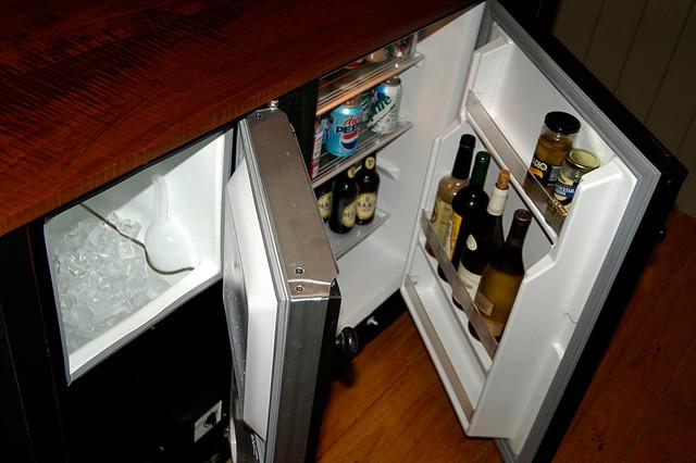 St.Louis 7 Green Kitchen  Bar Vanity traditional-kitchen