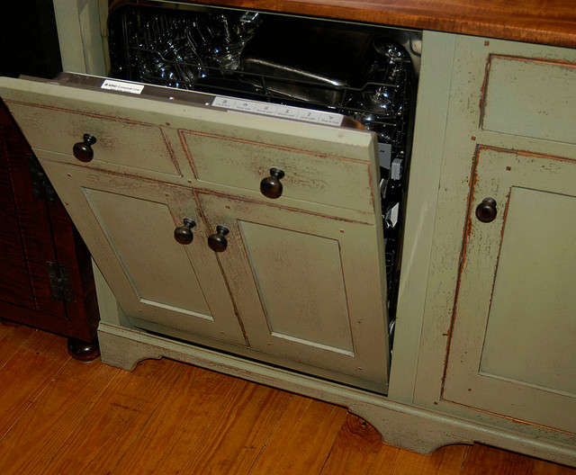 St.Louis 7 Green Kitchen  Bar Vanity traditional-kitchen