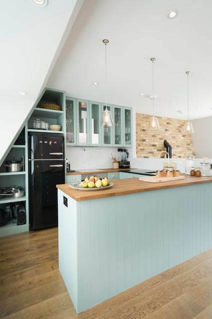 St Luke's Mews, Notting Hill, London farmhouse-kitchen