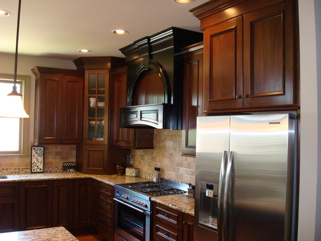 St Marlo Mahogany Kitchen