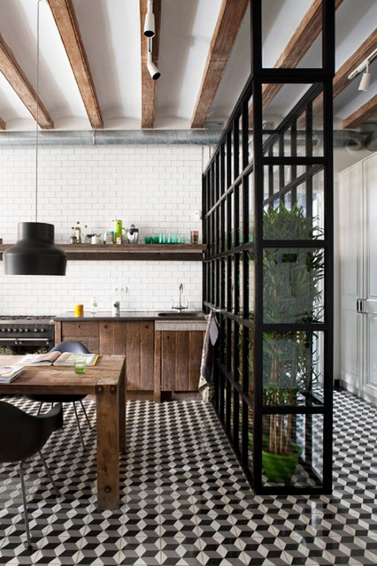 Floor art 16 patterned floors that pack a punch - Carrelage vintage cuisine ...