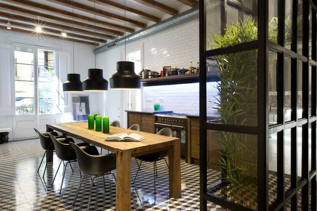 Piastrelle maioliche e ceramiche per pavimenti