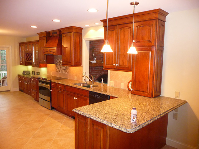Stained Cherry Cabinets Traditional