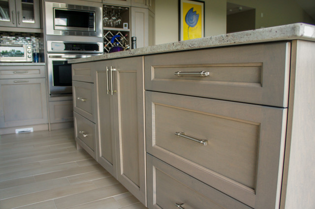 Trendy kitchen photo in Toronto