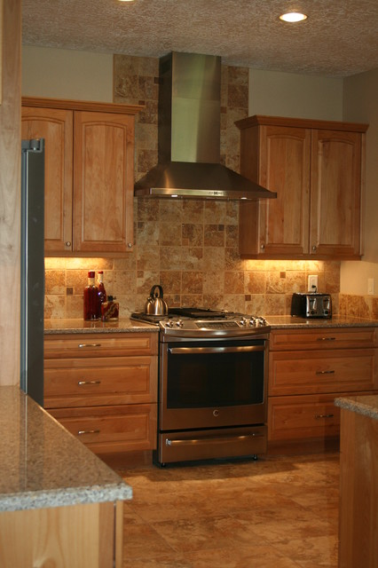 Stainless Chimney Style Hood With Tile Backsplash To