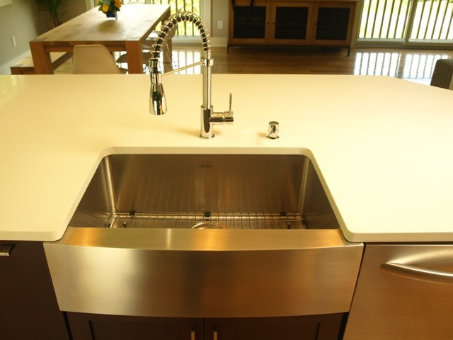 Franke Kitchen Sink Accessories : With Farmhouse Sink And Wainscoting. Farm Sink Stainless By Kraus ...