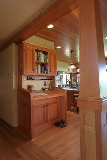 Stand up desk - Traditional - Kitchen - Other