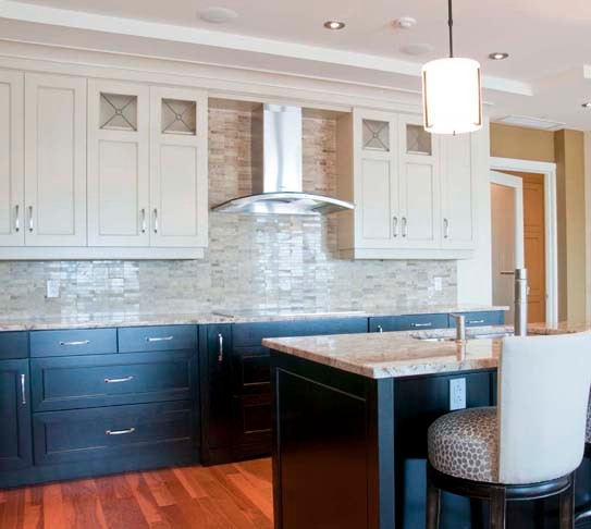 Staples Condo Traditional Kitchen Other Metro By Georgina Godin