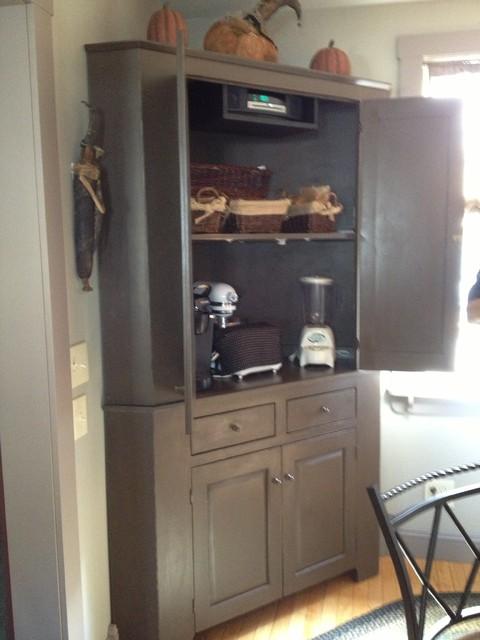 Starling, Rollinsford, NH farmhouse-kitchen