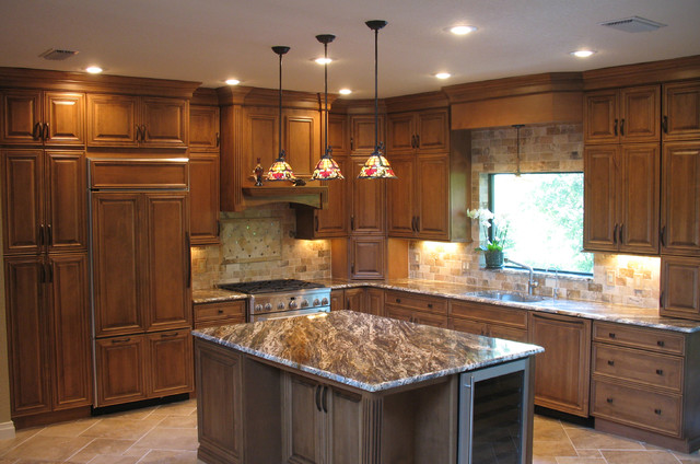 Starmark Arlington Cabinetry Kitchen Traditional Kitchen Tampa By Leverette Home
