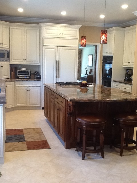 StarMark Cabinetry Kitchen Cabinets - Traditional - Kitchen - san francisco - by Distinctive ...