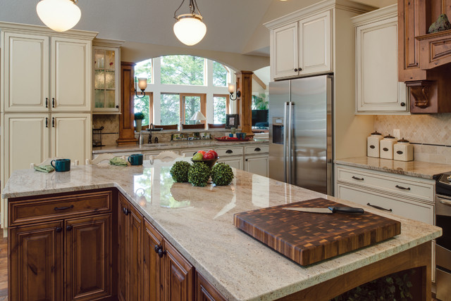 StarMark Cabinetry Kitchen in Rustic Alder by Designs by Dawn - Traditional - Kitchen - other ...