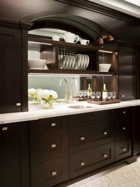 Stately Elegance – Kitchen & Butler's Pantry traditional-kitchen