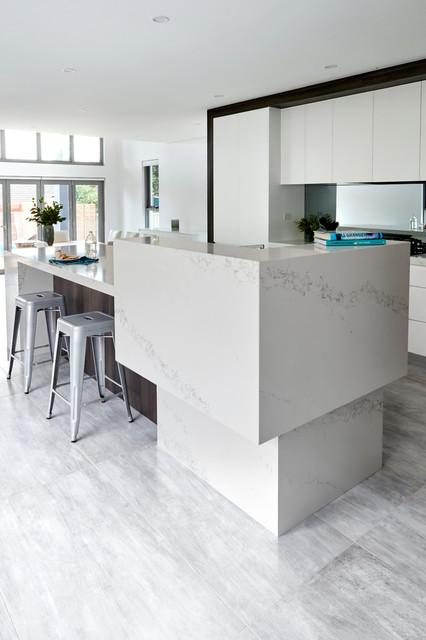 Statuario Quartz | QUANTUM QUARTZ - Contemporary - Kitchen - sydney - by WK Quantum Quartz