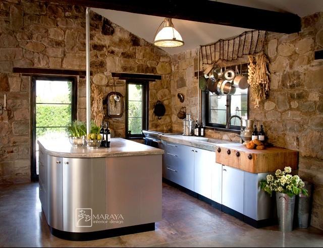 steel cabinets in old cottage - Rustikal - Küche - Los Angeles - von ...