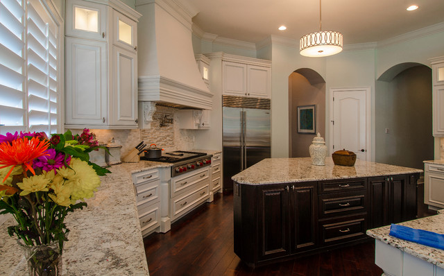 Steeple Chase traditional-kitchen