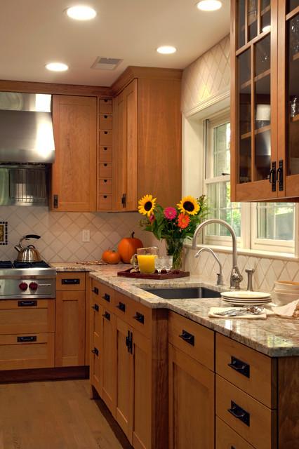 Sterling Virginia Craftsman Evans Kitchen Craftsman
