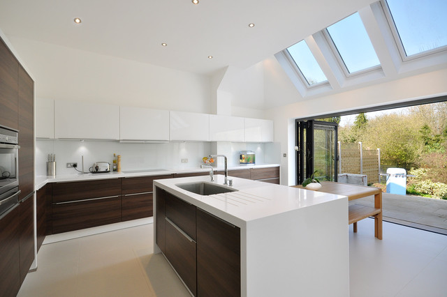 Steve dempsey contemporary kitchen london by ebstone for Modern kitchen london
