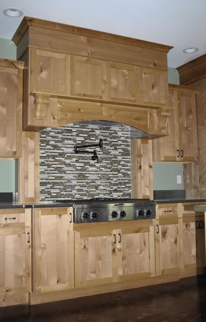 Stewart Constuction Inc. traditional-kitchen