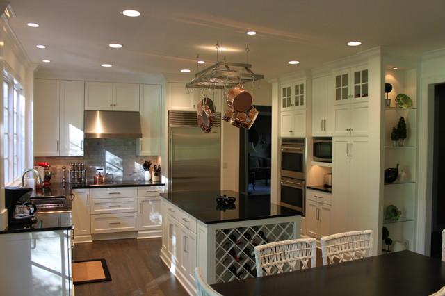 Stone Oak traditional-kitchen