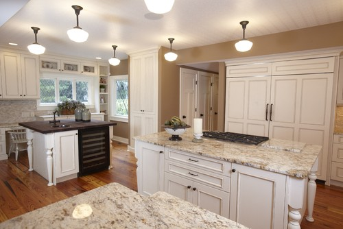 Light Colored Granite Countertops With White Cabinets : white cabinets like in this photo, what other light color cabinets ...