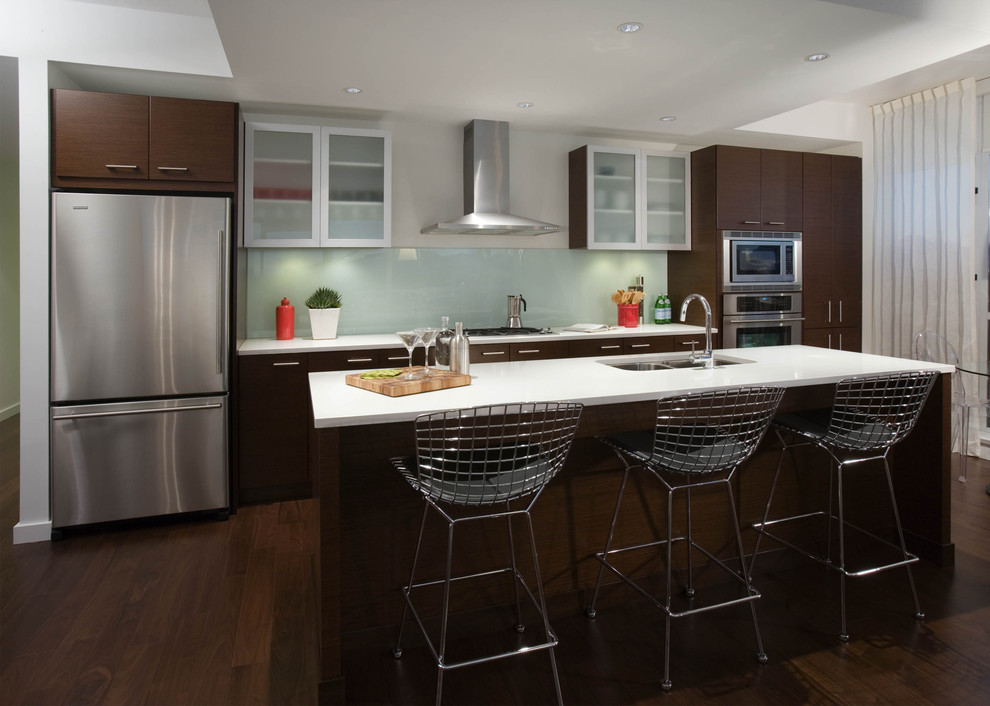Inspiration for a contemporary kitchen remodel in Vancouver with stainless steel appliances