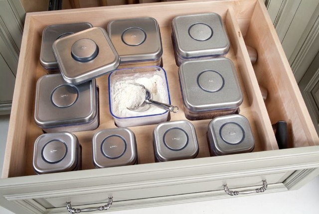Storage & Organization Ideas & Inspirations for Kitchens, Bathrooms & Cabinetry traditional-kitchen