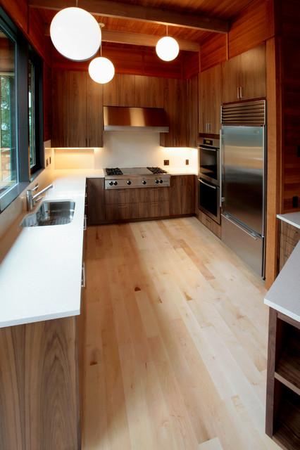 Storr modern-kitchen