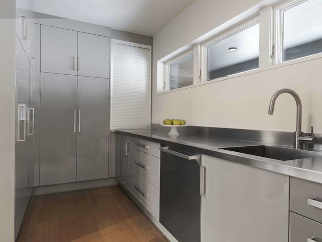 STOWE, VT - Slope Side - Modern - Kitchen - Burlington - by ...