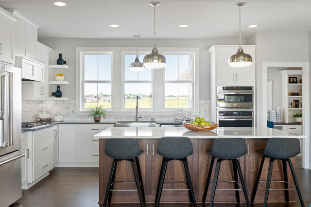 Supersized Kitchen Islands and Other Trends Pros Are Seeing