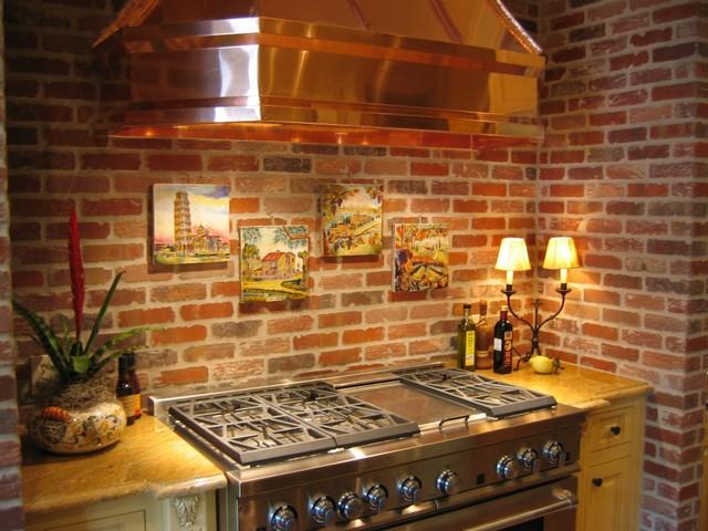 Studio 197 - Brick Cladding traditional-kitchen